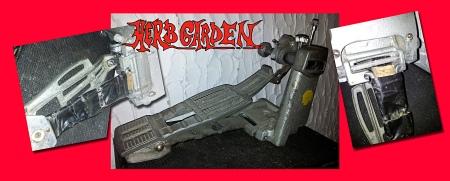 93-09-04 Herb Garden kick pedal survival