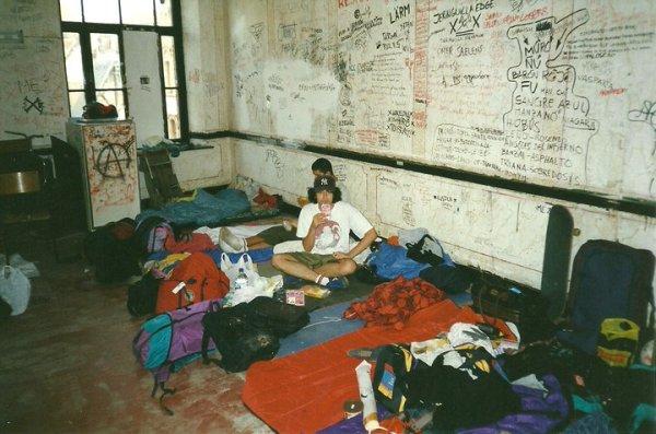 96-08 upstairs room