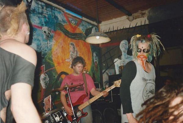 94-03-19 Fleas & Lice (by Wim DL)