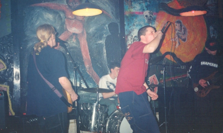 96-04-05 Resist The Pain - band (VV)