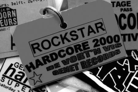 2000-08-18&19&20 rockstar badge