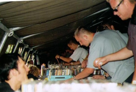 2000-08 distros