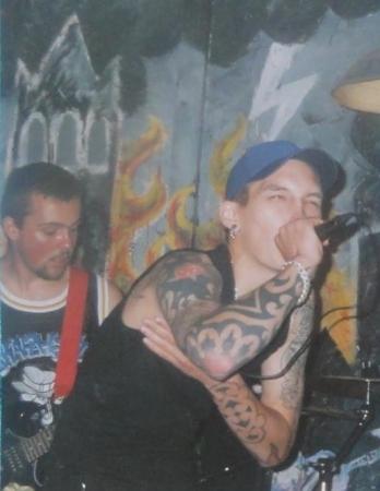 2000-08-17 Retaliate (vocals Geoffrey Verhelle)
